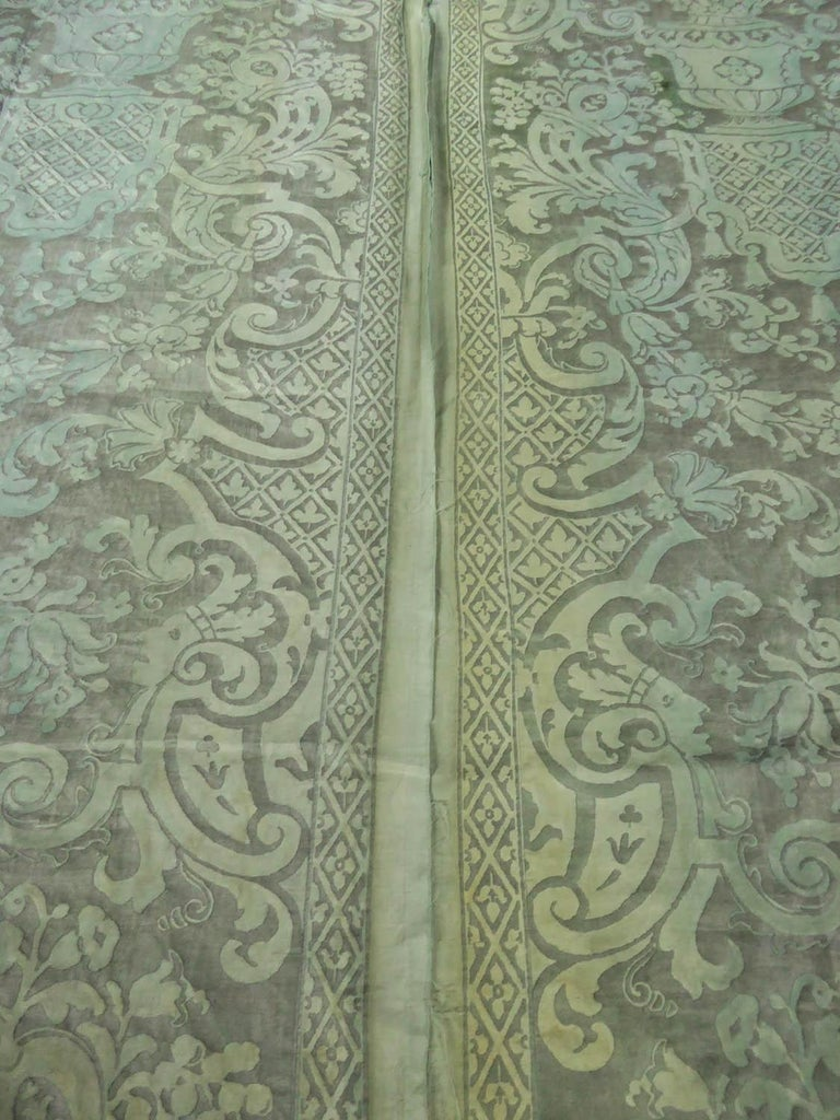 Mariano Fortuny Pair of silver printed curtains Venice, circa 1920 For Sale 8