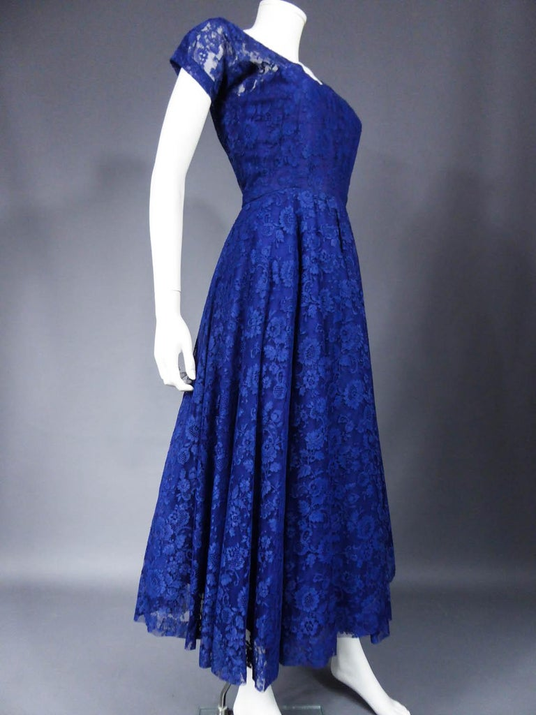 A Louis Féraud Haute Couture  French Lace Ballgown - Circa 1950/1955 For Sale 2