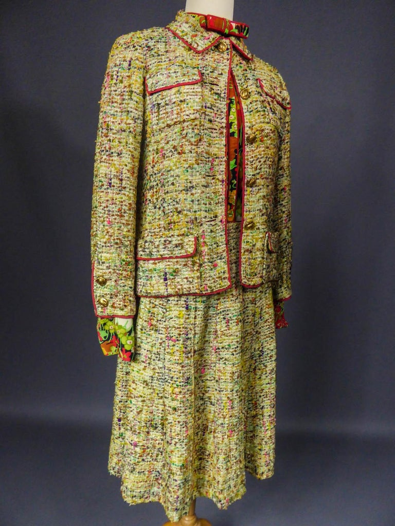A numbered Haute Couture Chanel Skirt and Blouse Suit Circa 1968/1971 For Sale 3