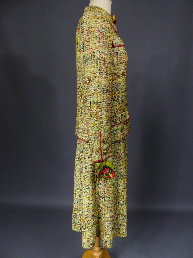 A numbered Haute Couture Chanel Skirt and Blouse Suit Circa 1968/1971 For Sale 5