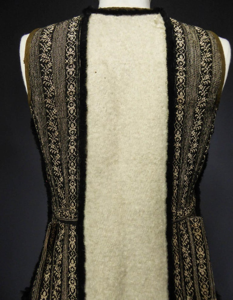 Wool jacket embroidered - Macedonia early 20th century For Sale 5