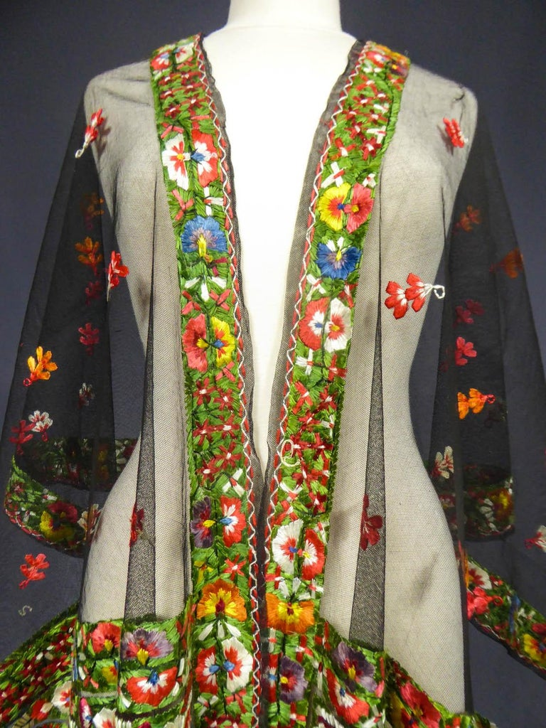 Dehli stole in tulle embroidered with floss-silk  - India for export Circa 1830 For Sale 9