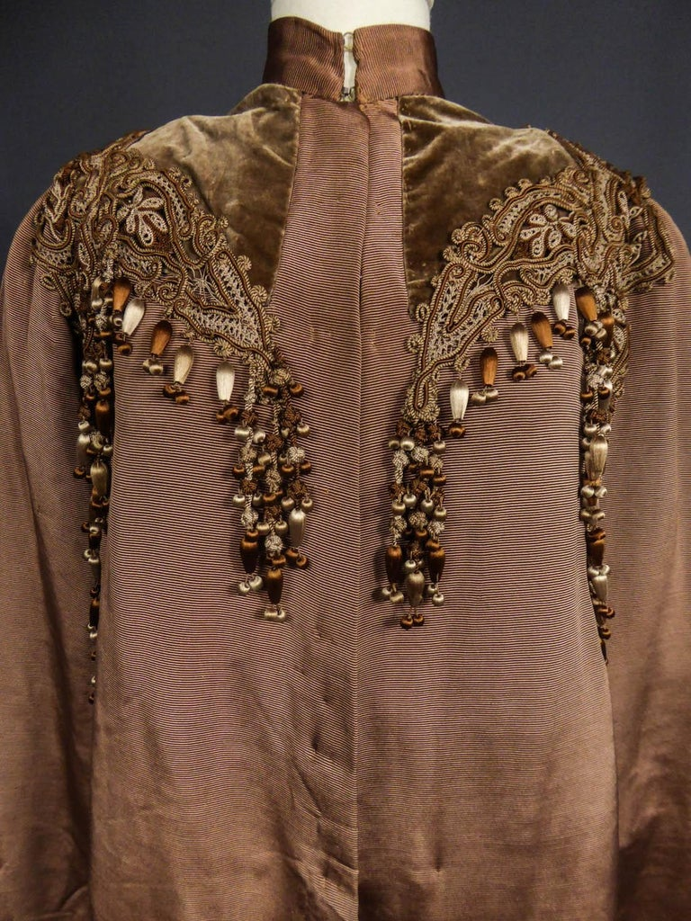 French Evening Cape with Trimmings Emile Pingat style 1890 - 1905 For Sale 1