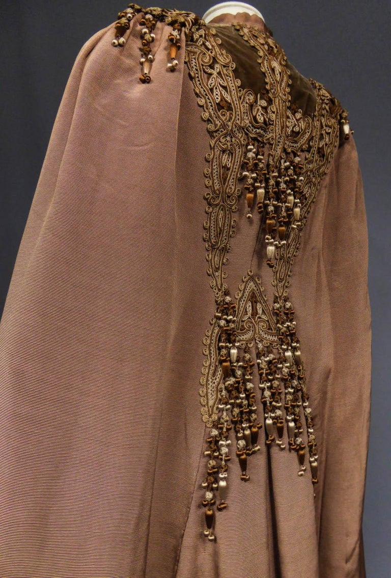 French Evening Cape with Trimmings Emile Pingat style 1890 - 1905 For Sale 7
