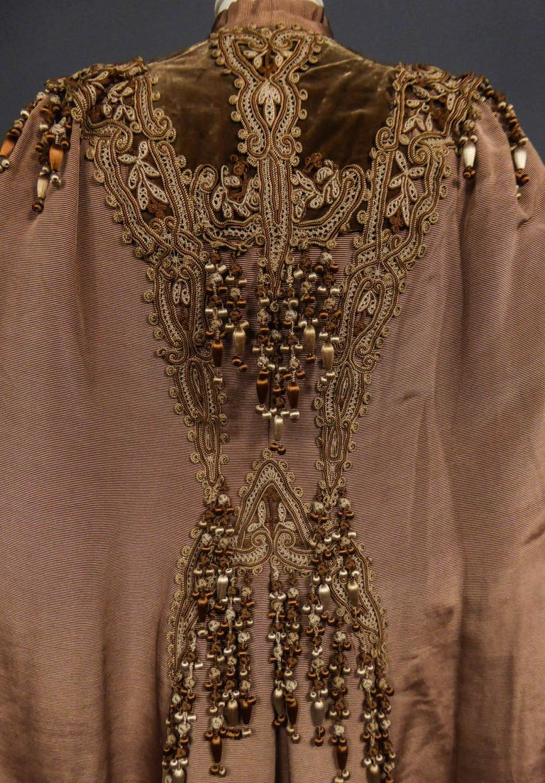 French Evening Cape with Trimmings Emile Pingat style 1890 - 1905 For Sale 9