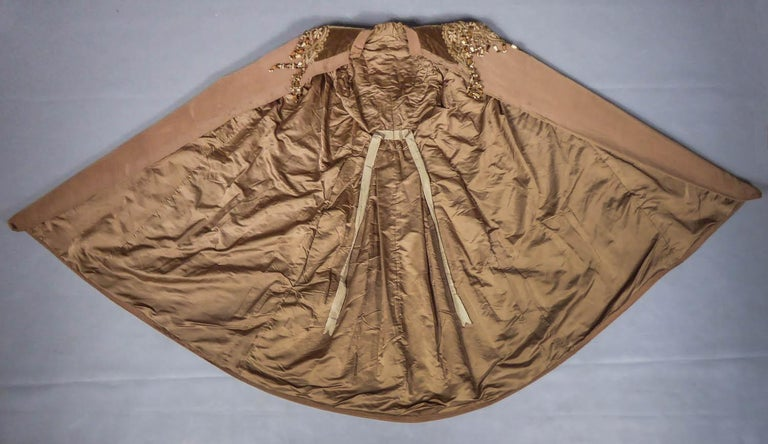 French Evening Cape with Trimmings Emile Pingat style 1890 - 1905 For Sale 10