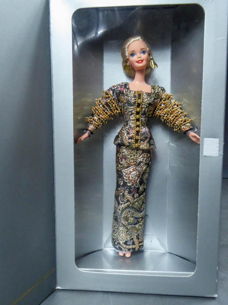 Christian Dior Limited Collection Barbie Doll numbered 13168 Circa 1995 For Sale 3