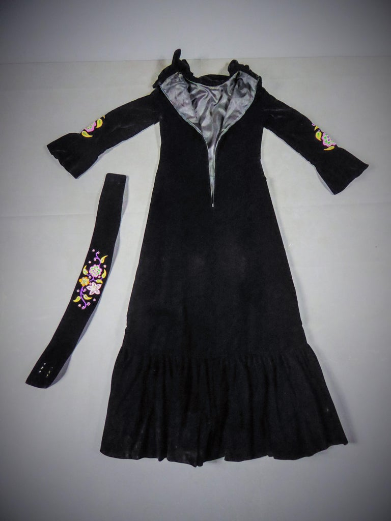 Jean-Louis Scherrer French Couture Black Velvet Dress Circa 1990 In Excellent Condition For Sale In Toulon, FR