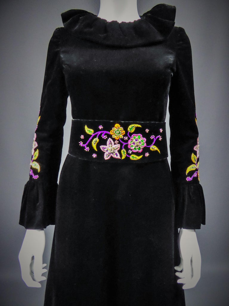 Jean-Louis Scherrer French Couture Black Velvet Dress Circa 1990 For Sale 2