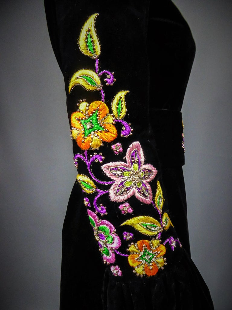 Jean-Louis Scherrer French Couture Black Velvet Dress Circa 1990 For Sale 3