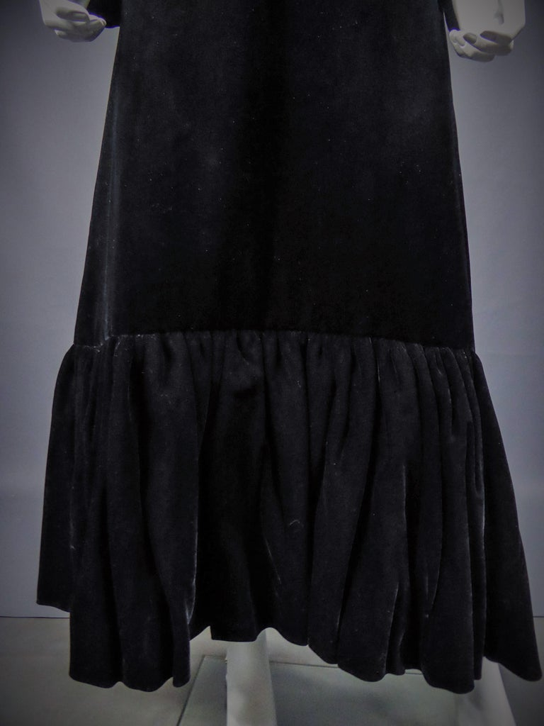Jean-Louis Scherrer French Couture Black Velvet Dress Circa 1990 For Sale 10