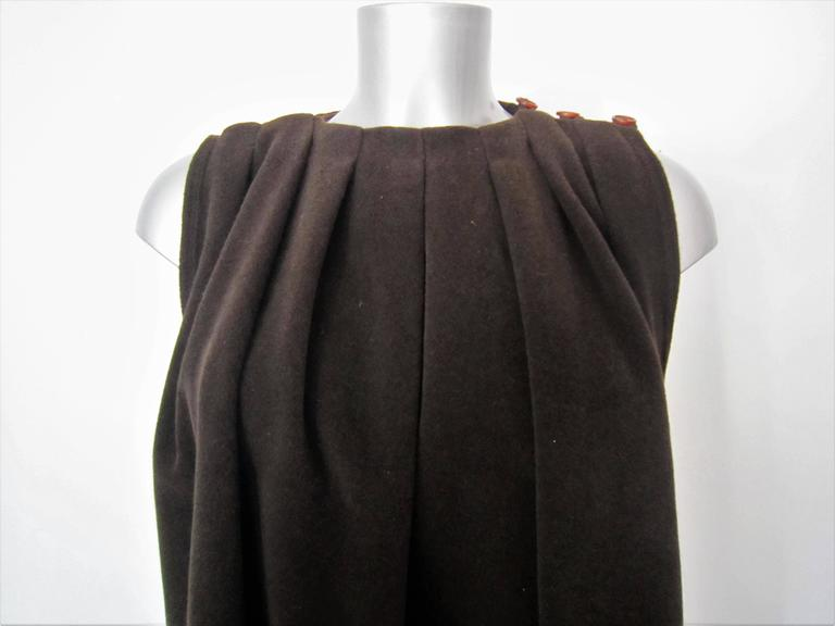 GIORGIO ARMANI brown wool cape In Good Condition For Sale In Rome, IT