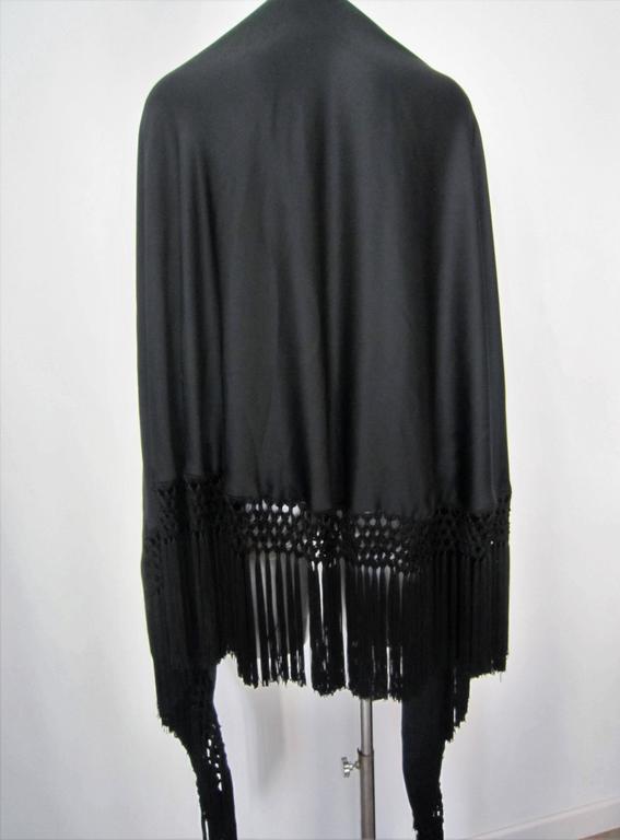 Vintage black fringed shawl  2