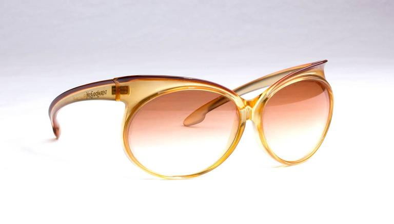 Yves Saint Laurent Vintage Sunglasses Made in France 64mm RARE ,1970s  branded case will be included  - Vintage YVES SAINT LAURENT oversized sunglasses  - Orange plastic frame  - model: 7953  - MINT 100% UV excellent quality gradient brown