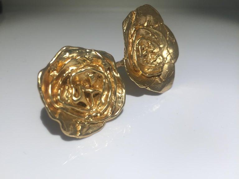 Giulia Barela 24 karat Cameliae Ring, gold plated bronze For Sale 1