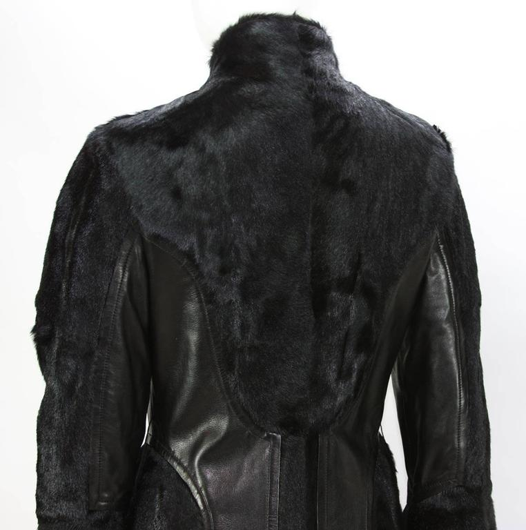 RARE TOM FORD for GUCCI F/W 2004 FOX GOAT LEATHER BLACK COAT For Sale 3