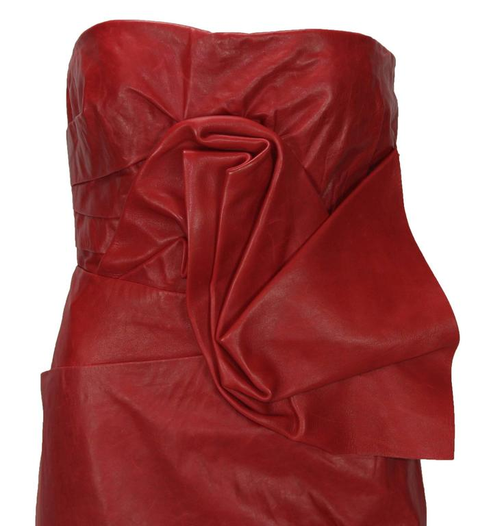 New DSQUARED2 Runway Lamb Leather Red Dredd It. 42 - US 6 In New never worn Condition For Sale In Montgomery, TX