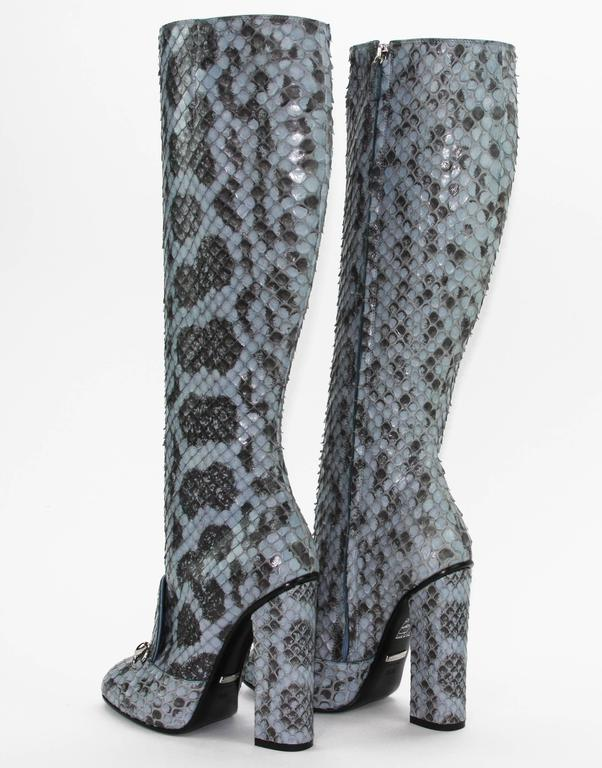 New GUCCI Campaign $3500 PYTHON Horsebit Knee High Boot Aquamarine 36.5 - 7 In New Condition For Sale In Montgomery, TX