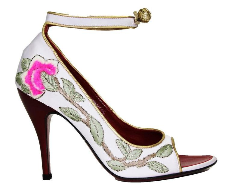New Tom Ford for Yves Saint Lauren Runway Pumps Italian Size 36.5 - US 6.5 F/W 2004 Collection This was his last collection for Yves Saint Laurent and a memorable one. He was inspired by the Chinese Collection of 1977 that collided with the launch