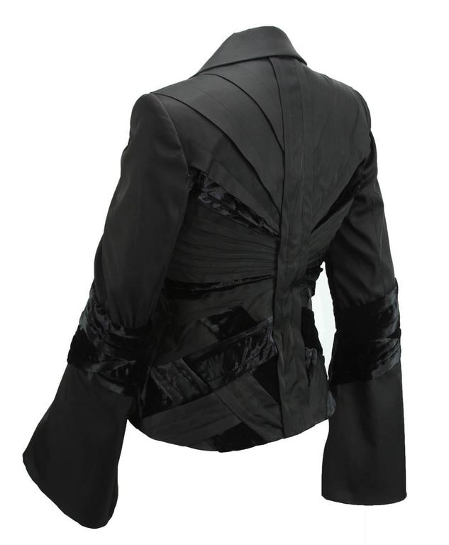 GUCCI by TOM FORD 2004 Collection Black Silk Taffeta Velvet Jacket size S 7
