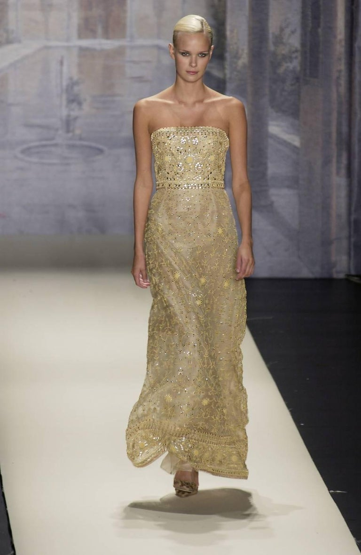 Oscar de la Renta S/S 2003 Fully Beaded Dazzling Champagne Gown US 4 2