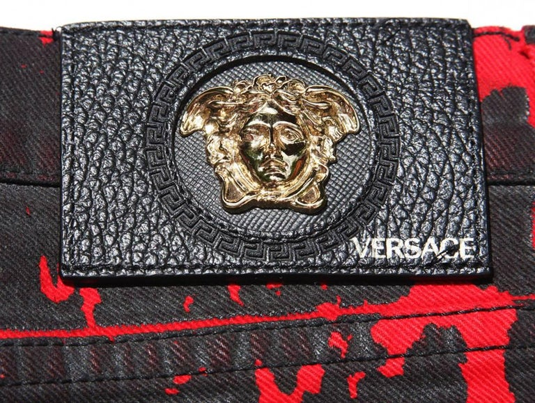 New $795 Versace Red Black Medusa Leopard Graphic Print Stretch Denim Jeans S, M 7