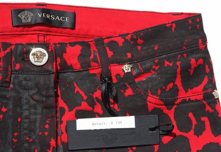 New $795 Versace Red Black Medusa Leopard Graphic Print Stretch Denim Jeans S, M 8