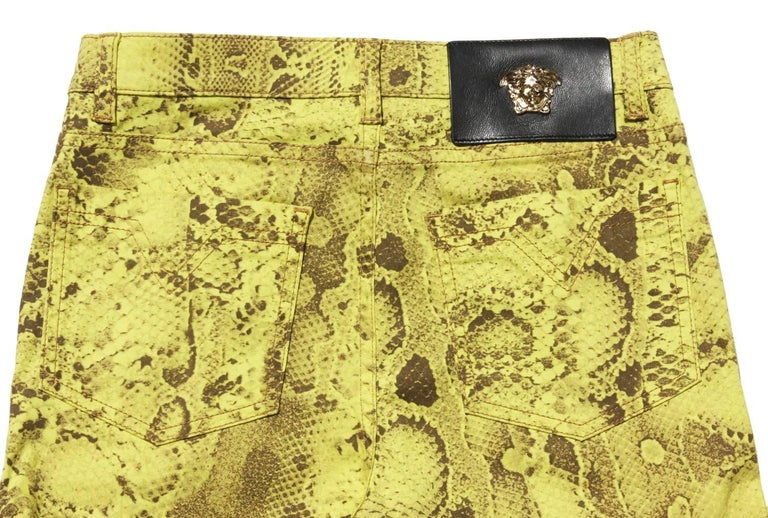 New Versace Snake Print Swarovski Crystals Leather Details Medusa Skinny Jeans  In New Condition For Sale In Montgomery, TX