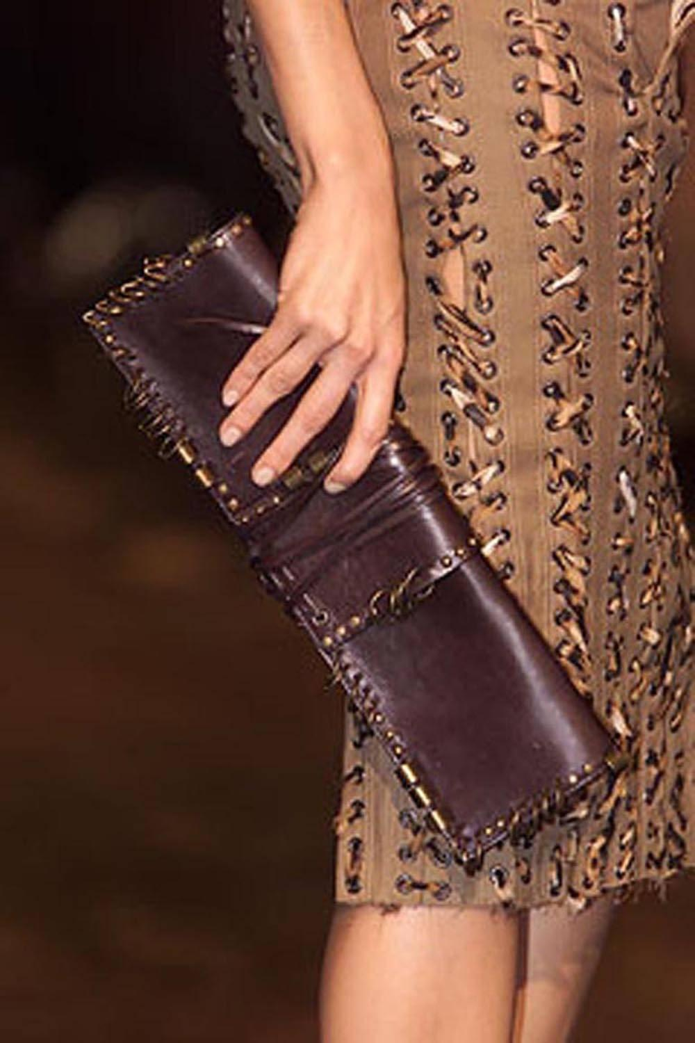 Saint Laurent Rare Tom Ford For Yves Saint Laurent S/s 2002 Runway Brown Ring Leather Clutch EepVeZW0vX