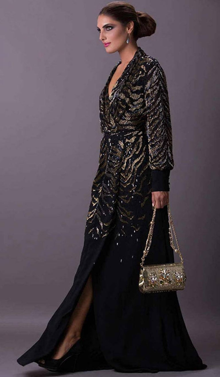 New $6950 Roberto Cavalli Tiger Silk Beaded Embellished Kimono Dress Gown It. 38 In New never worn Condition For Sale In Montgomery, TX