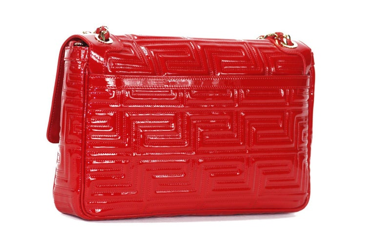 4f35ffc9ba New Gianni Versace Couture Red Patent Leather Gold Chain Medium Shoulder Bag