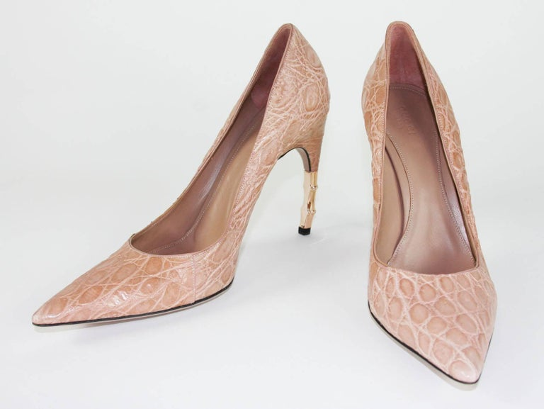 Beige New Tom Ford for Gucci Crocodile Nude Bamboo Heel Shoes 2004 Collection 39 - 9 B For Sale