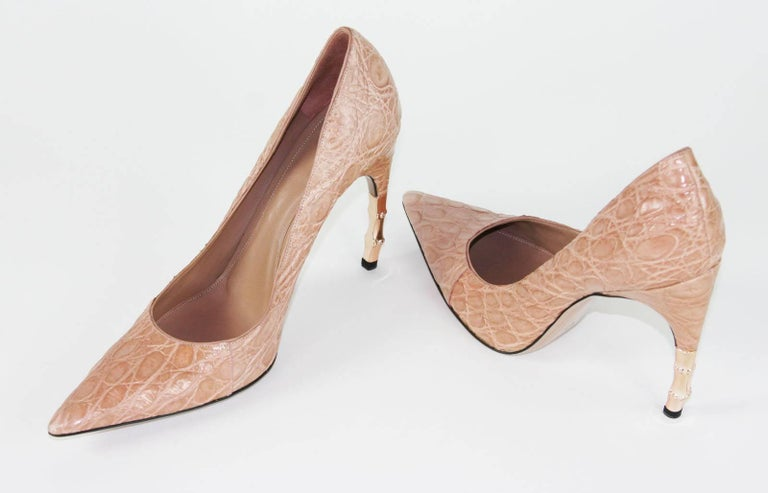 New Tom Ford for Gucci Crocodile Nude Bamboo Heel Shoes 2004 Collection 39 - 9 B In New Condition For Sale In Montgomery, TX