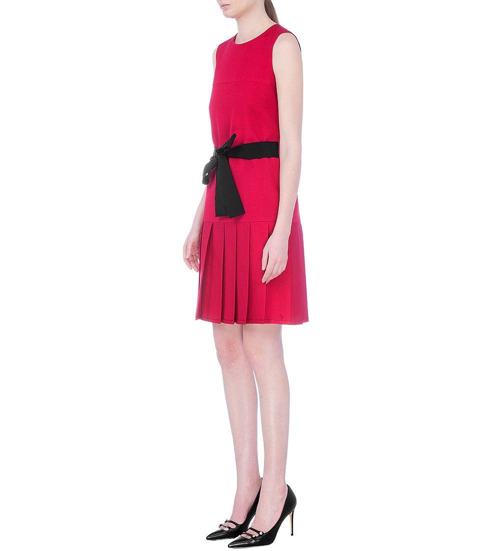 b36ebda8005 New Gucci Mini Cocktail Red Silk Dress With Ribbon Black Belt It. 38 For  Sale at 1stdibs
