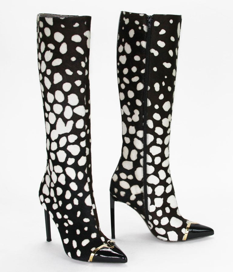 New Versace Collection Leopard Print Calf Hair Stiletto Heel Boots IT 38 US 8 In New Condition For Sale In Montgomery, TX