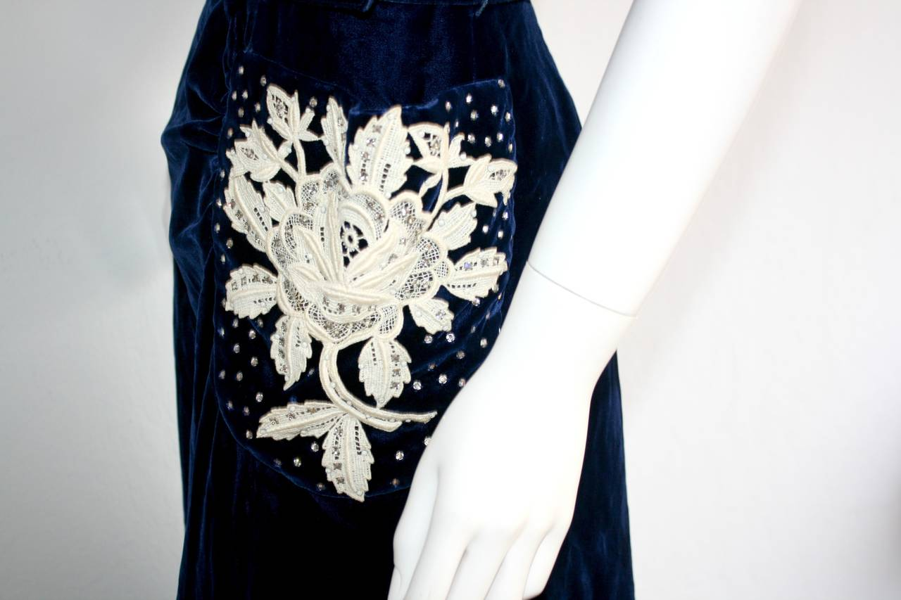 Beautiful 1940s Vintage Royal Blue Silk Velvet Dress w/ Lace & Rhinestones 4