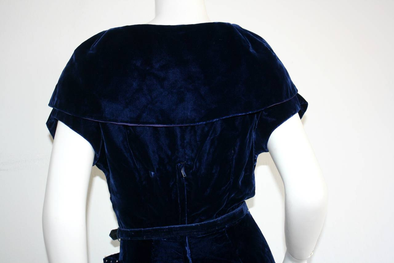 Beautiful 1940s Vintage Royal Blue Silk Velvet Dress w/ Lace & Rhinestones 9
