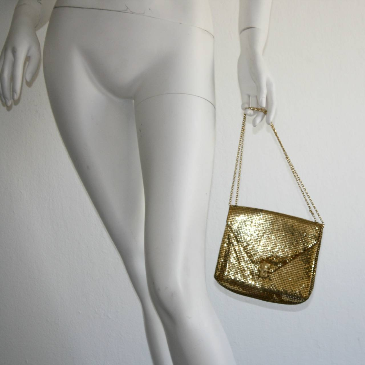 1960s Vintage Whiting and Davis Gold Metal Mesh Handbag or Clutch 4