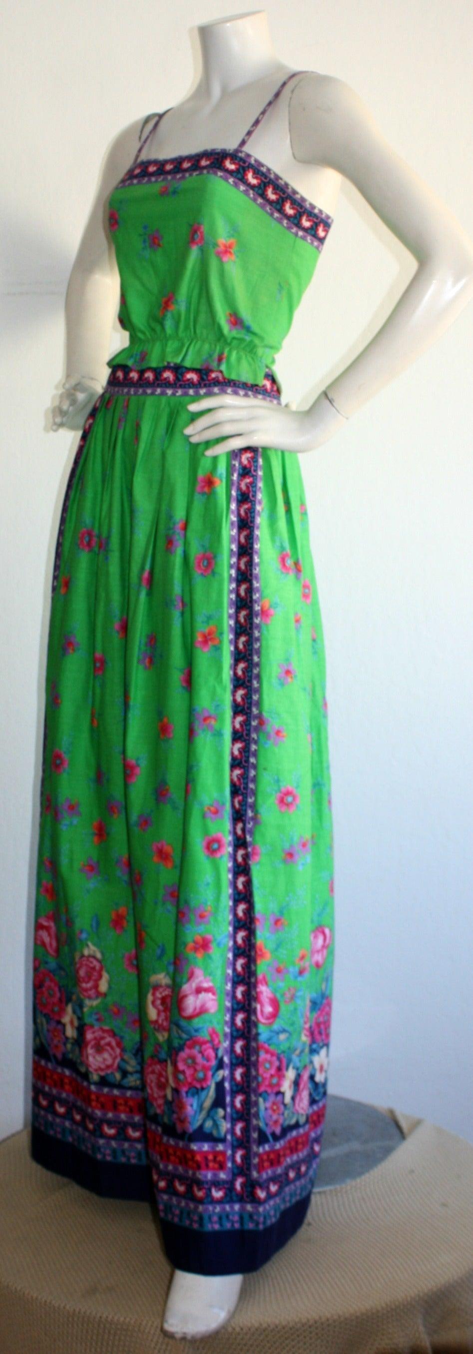 Women's 1960s Vintage Tina Leser Green Floral Print 2 - Piece Dress Ensemble For Sale