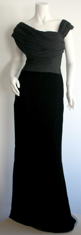 Remarkable Vintage Oscar de la Renta Black Velvet & Chiffon Grecian Gown 2