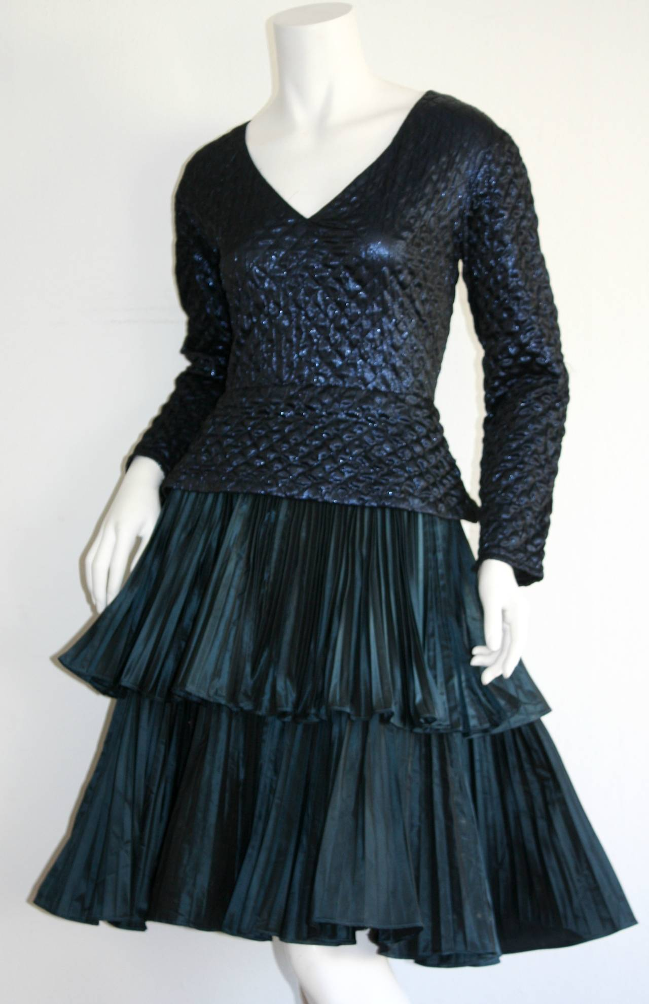 Bernard Perris Beautiful Navy Blue Metallic Quilted Accordion Tiered Dress In Excellent Condition For Sale In Chicago, IL
