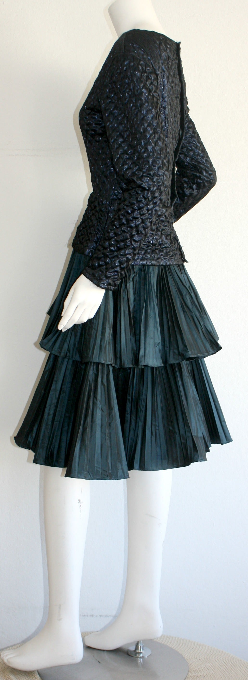 Bernard Perris Beautiful Navy Blue Metallic Quilted Accordion Tiered Dress For Sale 3