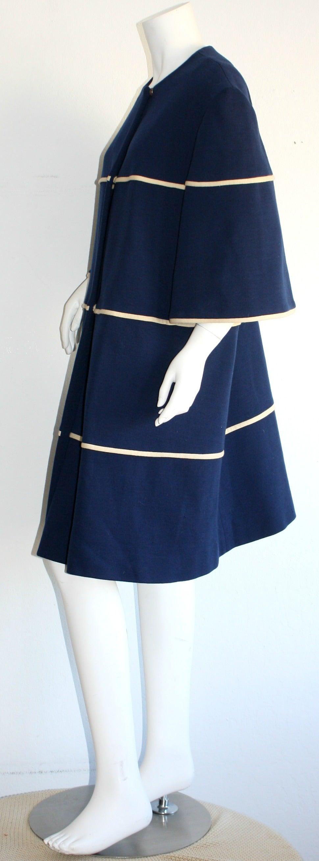 Black Lilli Ann 1960s Vintage Navy Blue & White Swing Jacket Trapeze Coat For Sale