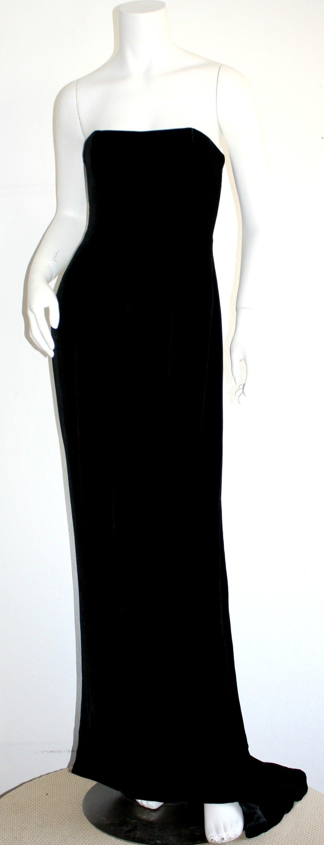 Women's Stunning 1990s James Purcell Black Silk Velvet Strapless Gown w/ Dramatic Train For Sale