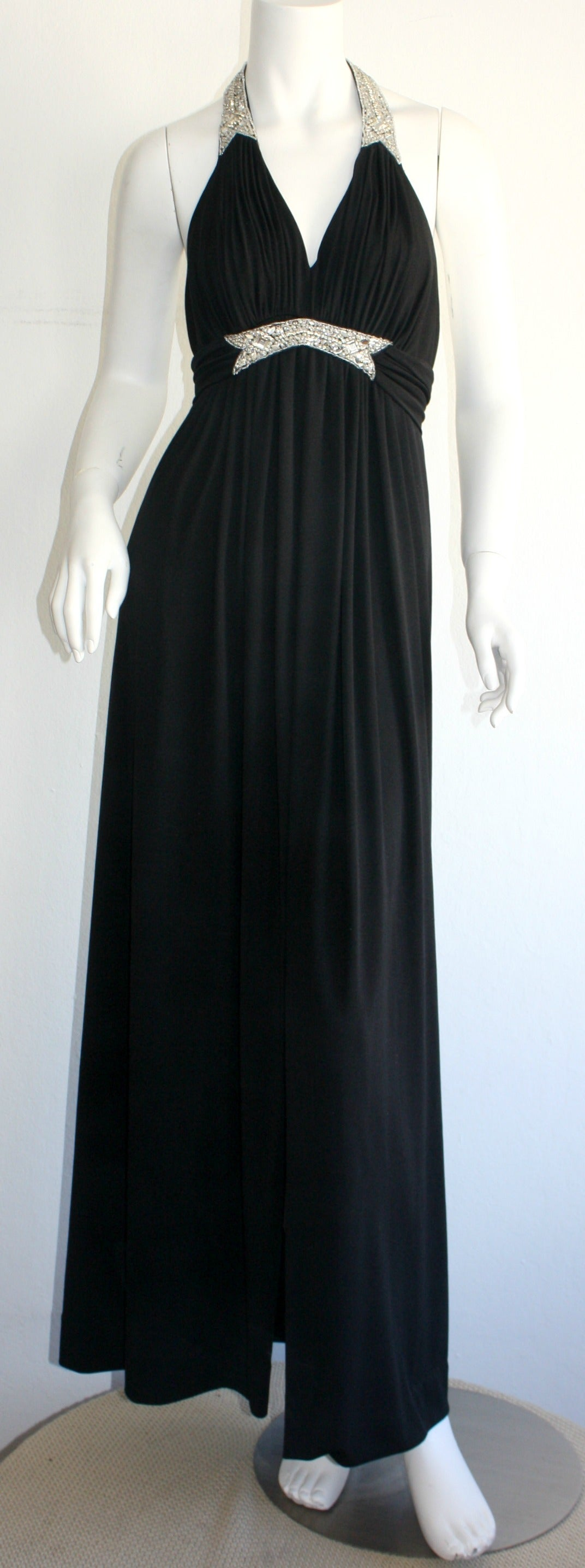 Stunning 1970s Vintage Victoria Royal Black Halter Diamanté Jersey Dress In Excellent Condition For Sale In San Francisco, CA