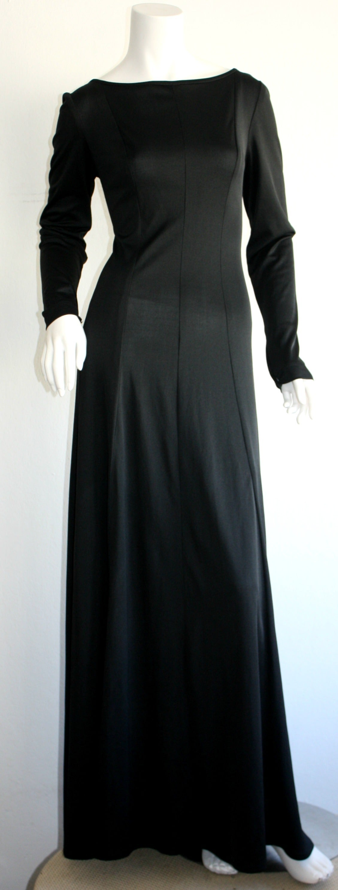 Jean Varon Sexy ' Plunging Back ' 1970s Black Jersey Gown 5