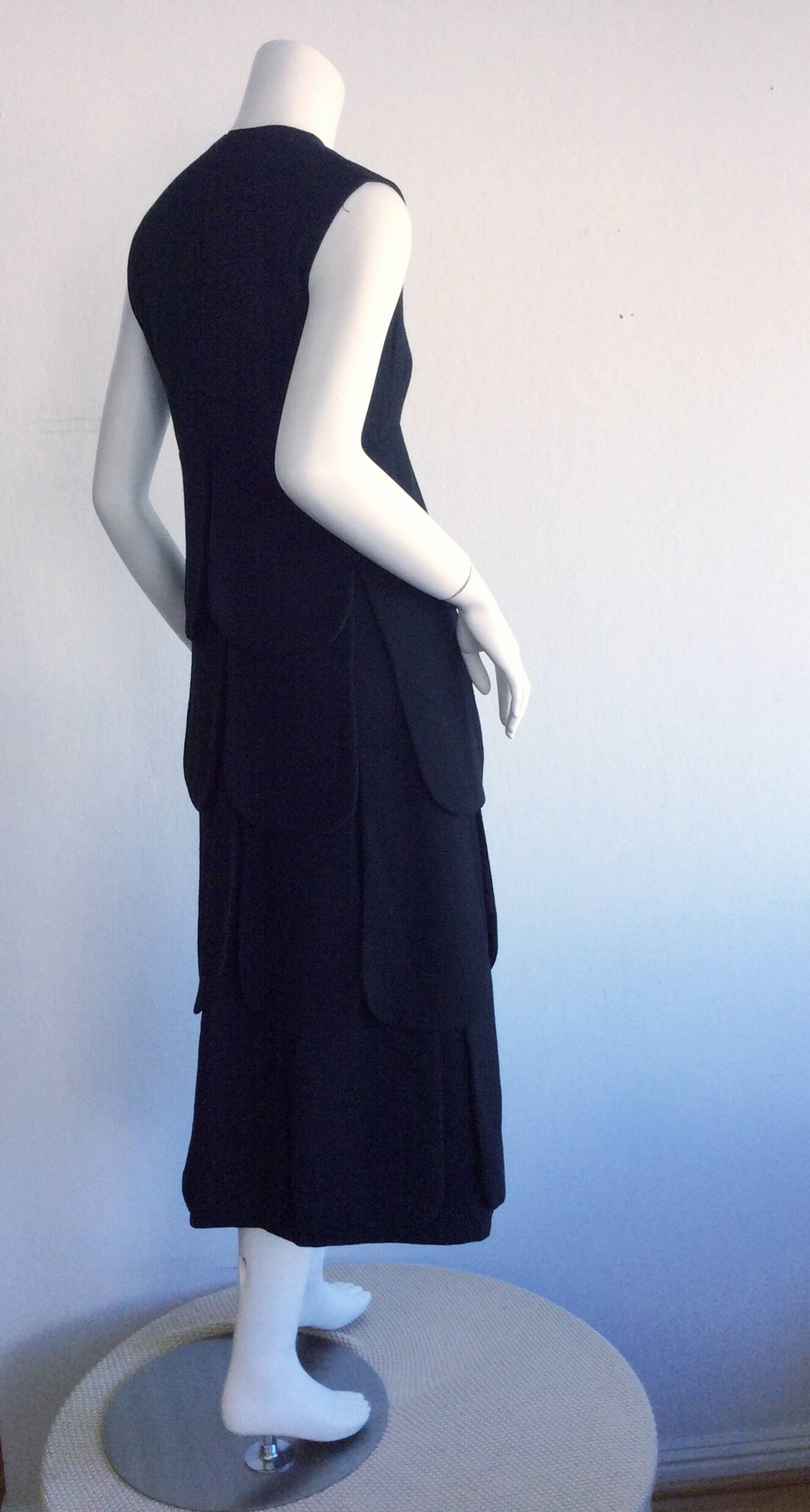 Women's Iconic 1960s 60s Vintage Pierre Cardin Black Wool ' Car Wash ' Space Age Dress For Sale