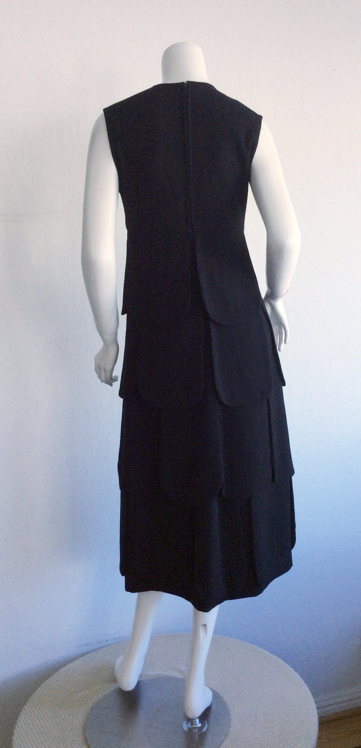 Iconic 1960s 60s Vintage Pierre Cardin Black Wool ' Car Wash ' Space Age Dress For Sale 1