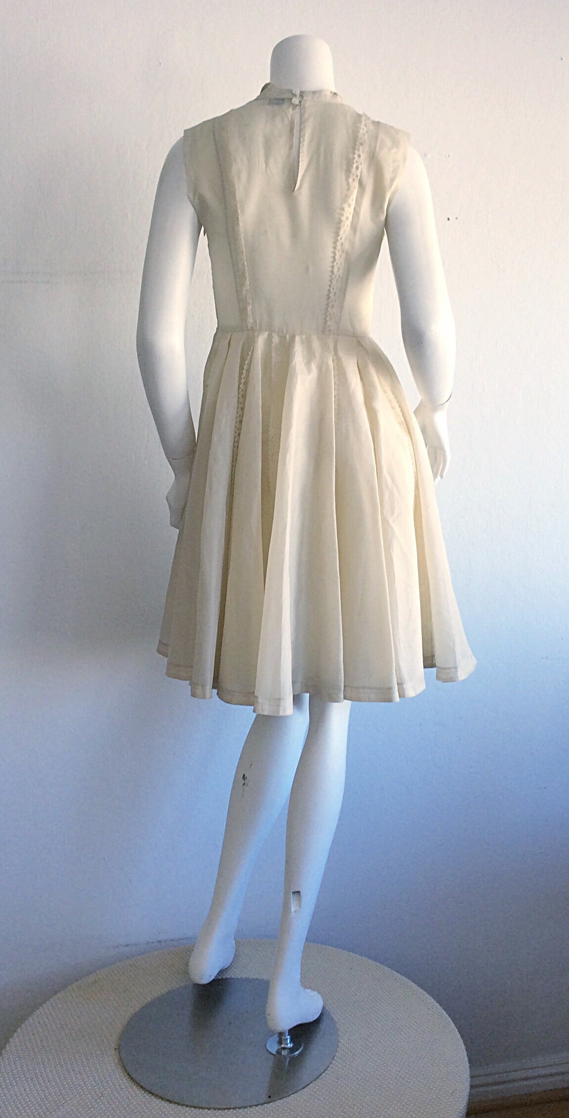 Adorable Kenzo Ivory Eyelet Dress Brand New 5