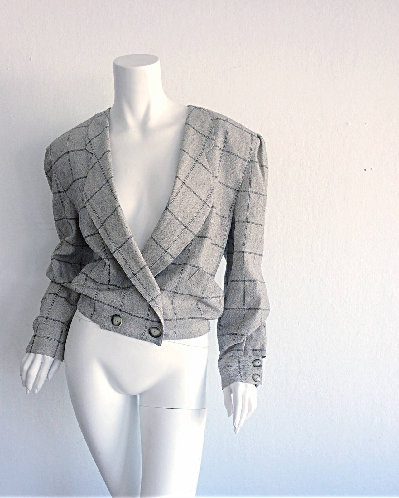 Vintage Krizia Wool Windowpane Slouchy Boyfriend Blazer In Excellent Condition For Sale In San Francisco, CA